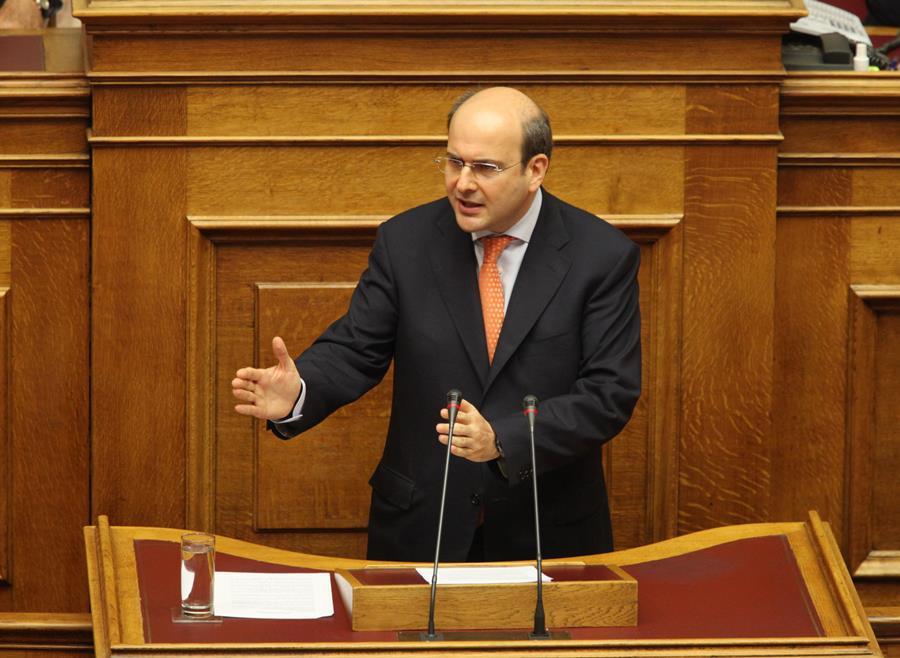 Χατζηδάκης: Ευθύνες πολιτικών προσώπων για τη ΔΕΗ