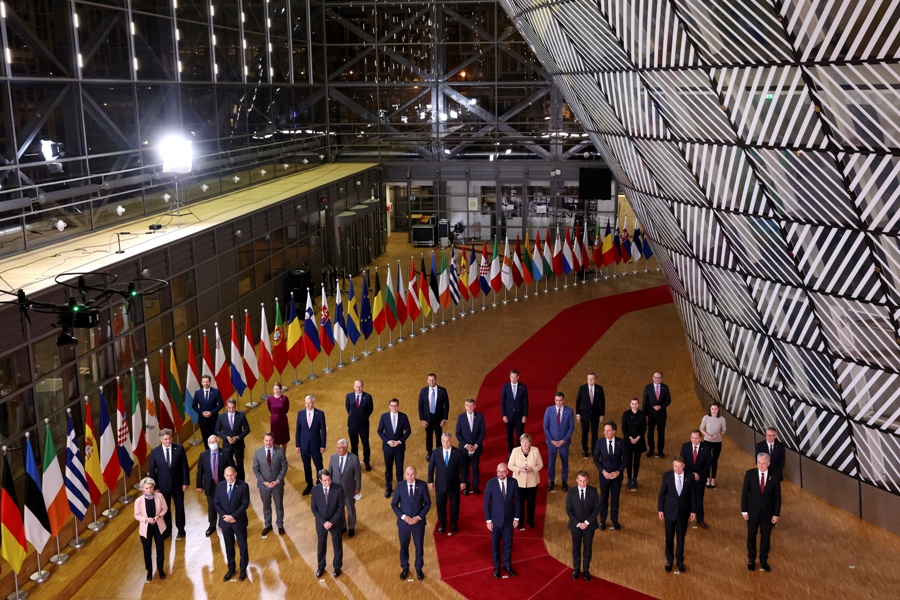 Ατολμία των ηγετών της ΕΕ μπροστά στην ενεργειακή κρίση